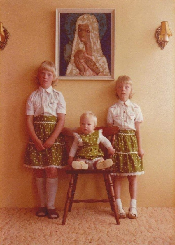 Смешные и странные фотографии братьев и сестер (15 фото)
