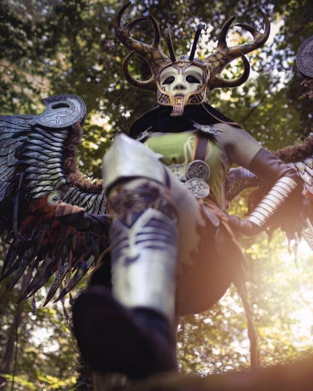 Косплей Валькирии из God Of War (11 фото)
