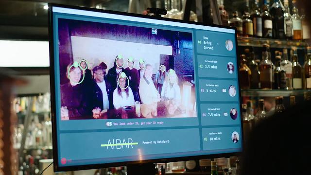 В Лондоне открыли первый бар с искусственным интеллектом