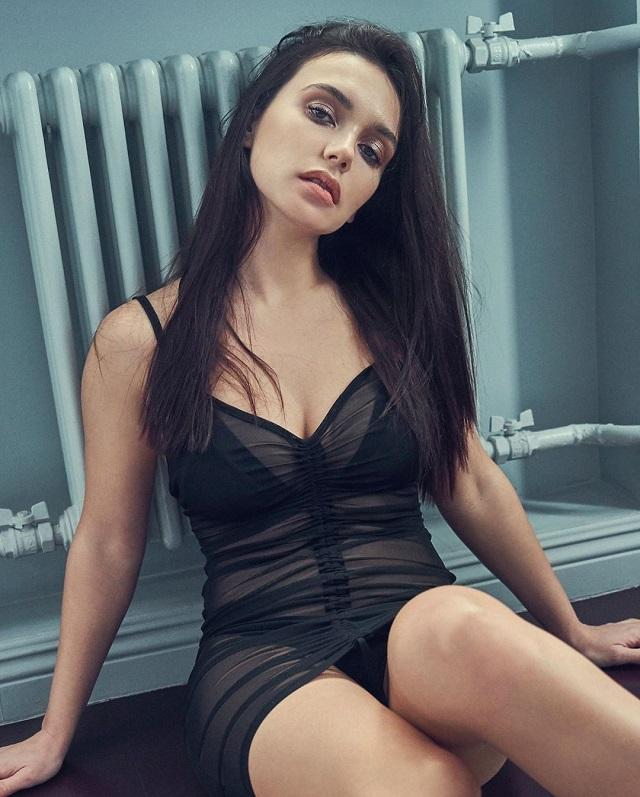Ольга Серябкина в ослепительном и прозрачном нижнем белье (11 фото)