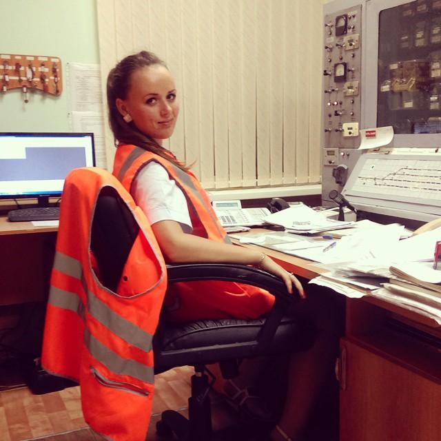 Девушки, которые работают в РЖД (25 фото)