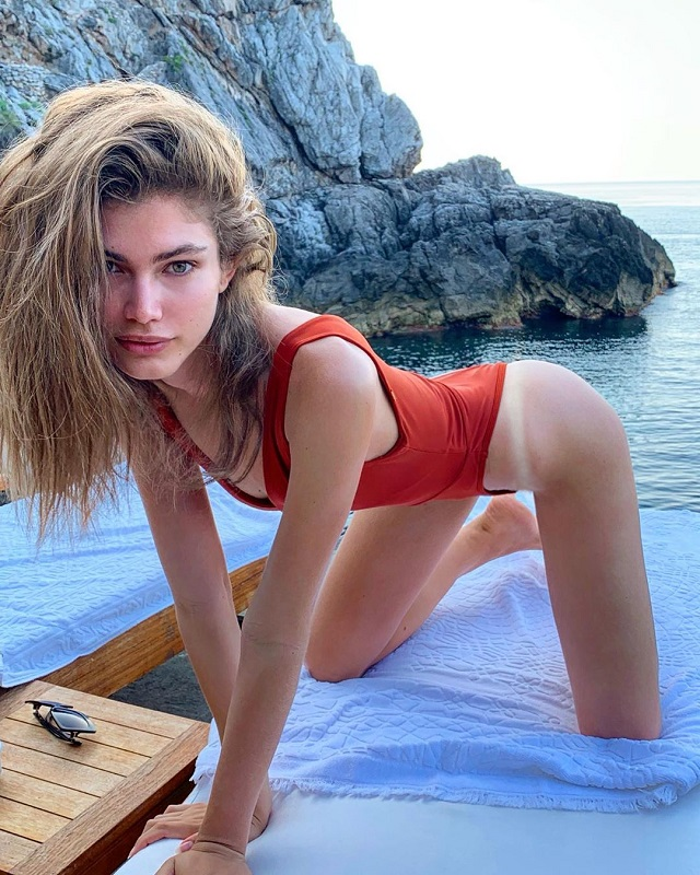 Валентина Сампайо - новая звезда Victoria's Secret, у которой есть одна особенность (17 фото)