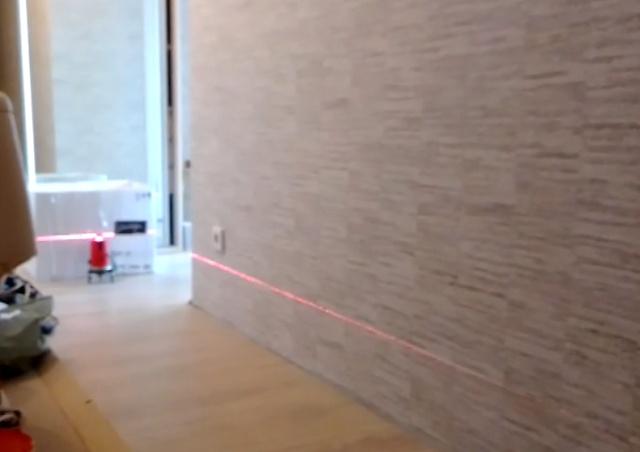 """Неисправность лазерного уровня или дом """"слегка"""" качается?"""