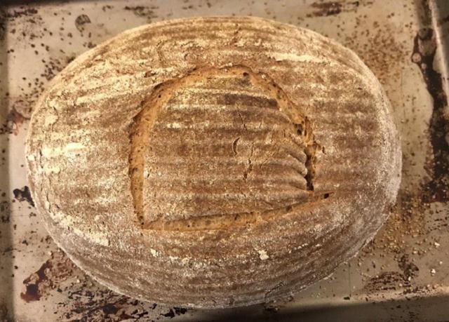 Геймдизайнер испек египетский хлеб из дрожжей 4500-летней давности (15 фото)
