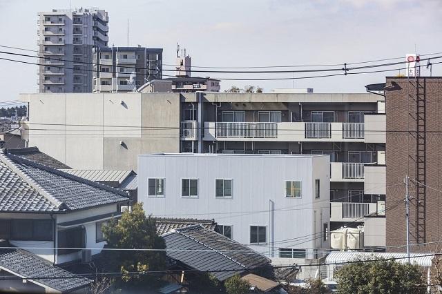 Скромный японский домик оказался удивительным архитектурным творением (10 фото)
