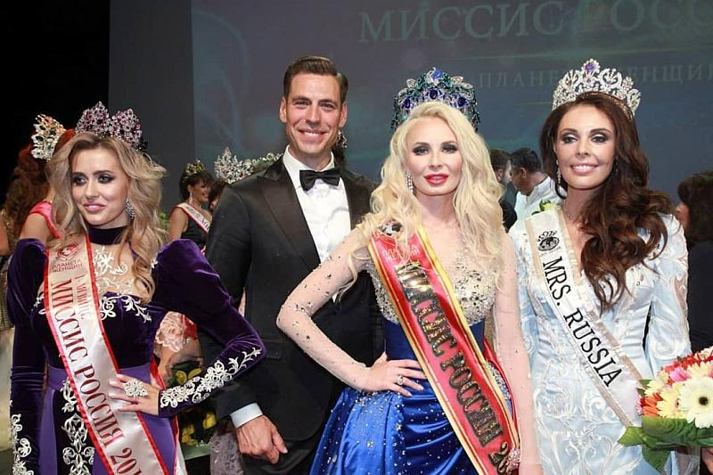 """Победительницей """"Миссис Россия - 2019"""" стала Екатерина Нишанова, и это вызвало бурную реакцию в сети (19 фото)"""