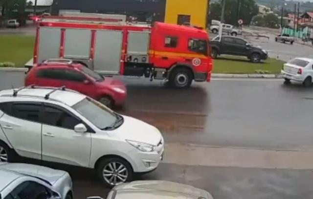 Тот самый момент, когда пожарные появляются вовремя