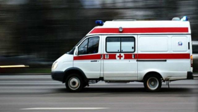 В Ростове-на-Дону фельдшер скорой помощи пнул ногой пенсионерку и уехал