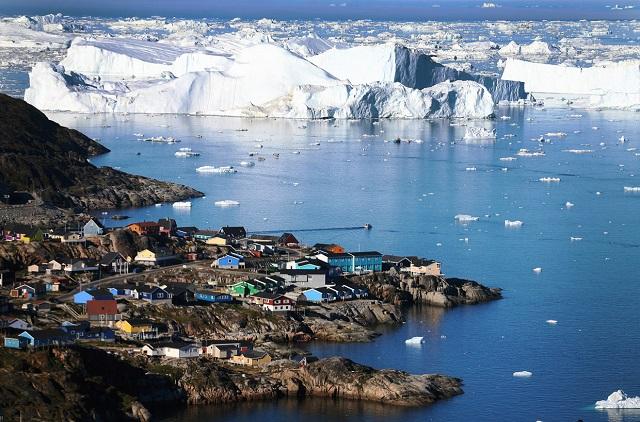 Президент США Дональд Трамп планирует выкупить Гренландию у Дании
