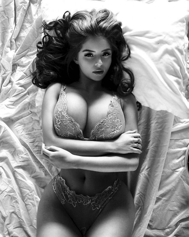 """Деми Роуз в образе """"золотой"""" древнеегипетской царицы (10 фото)"""