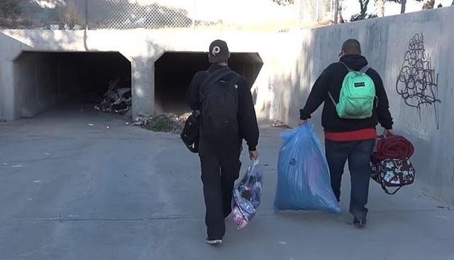 Популярная порноактриса Дженни Ли стала бездомной и живет в туннелях (9 фото + видео)