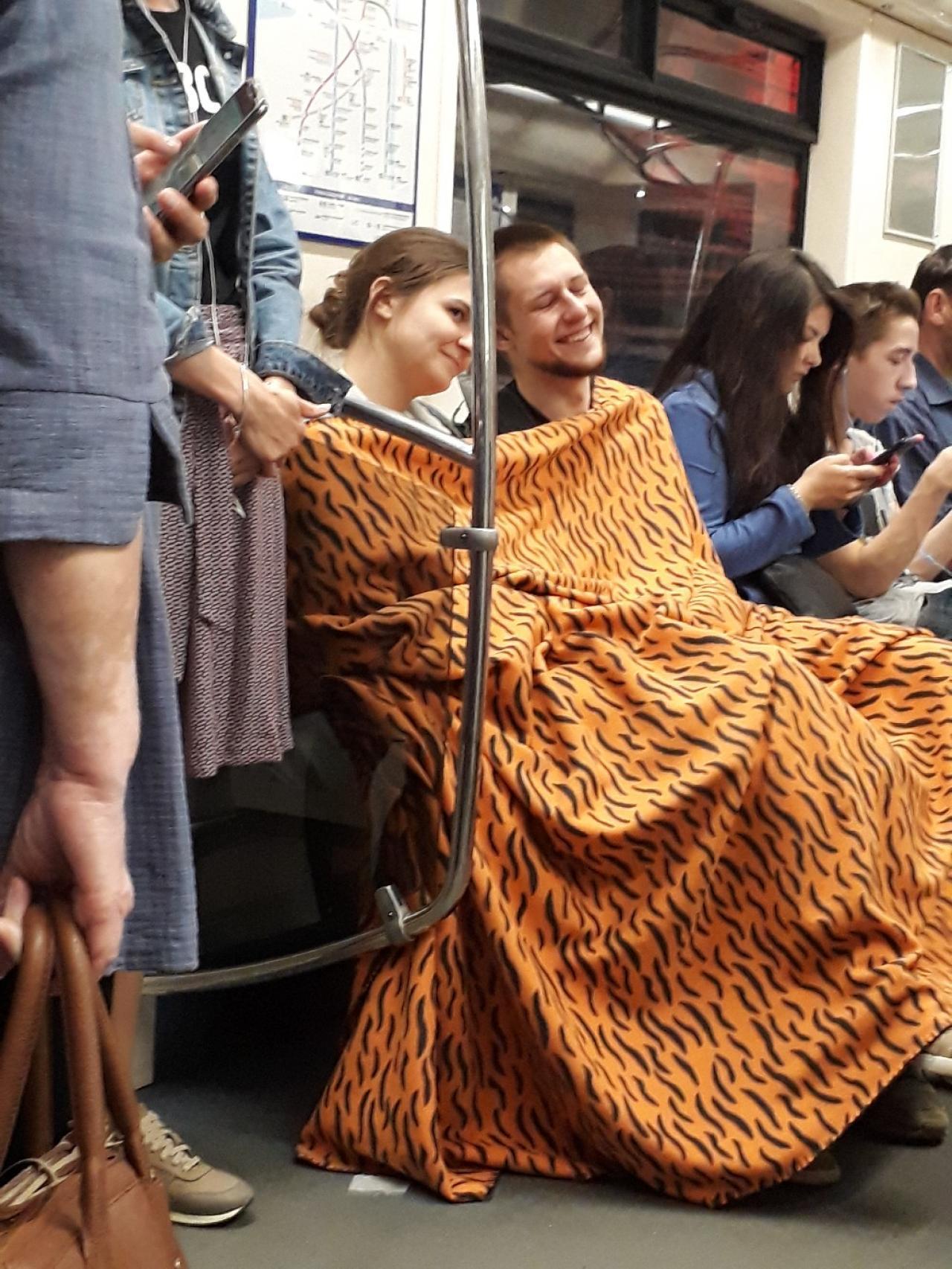 Модники и модницы российского метрополитена (20 фото)