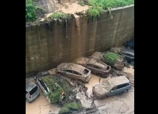 "Последствия ""дождика"" во Владивостоке (2 видео)"