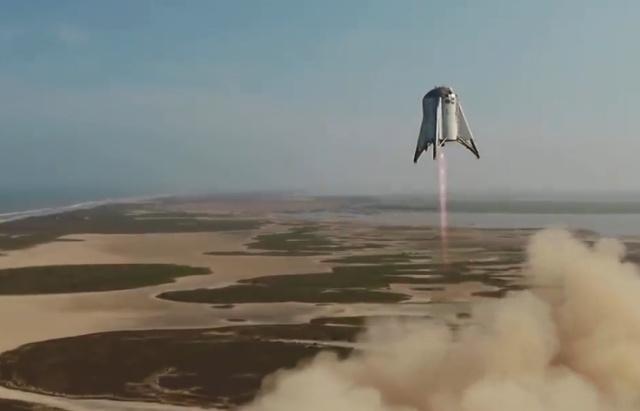 """Starhopper от SpaceX совершил успешный """"прыжок"""" на высоту в 150 метров"""