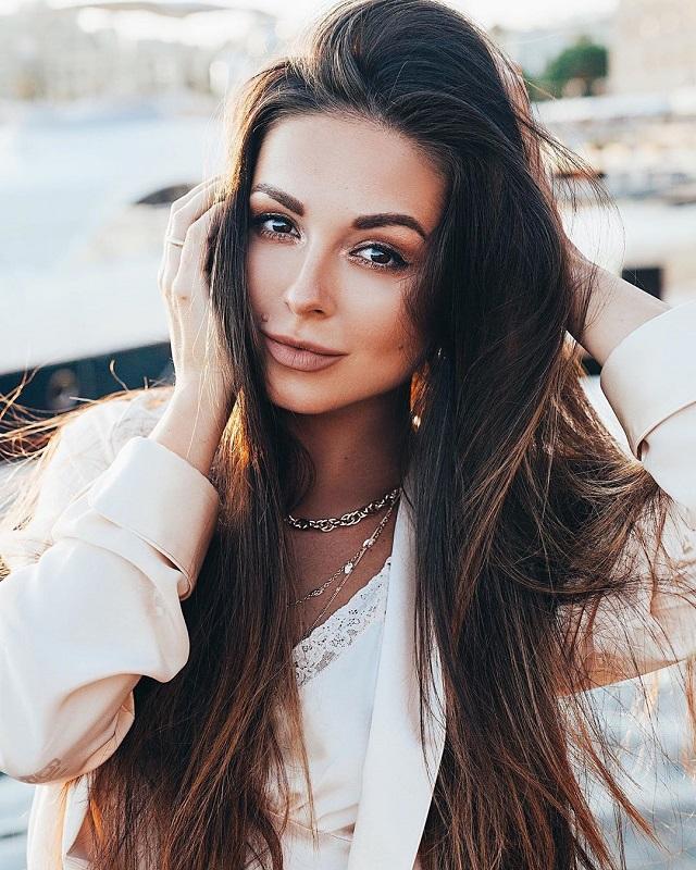 Российские звезды, которые не стесняются фотографироваться без макияжа (20 фото)