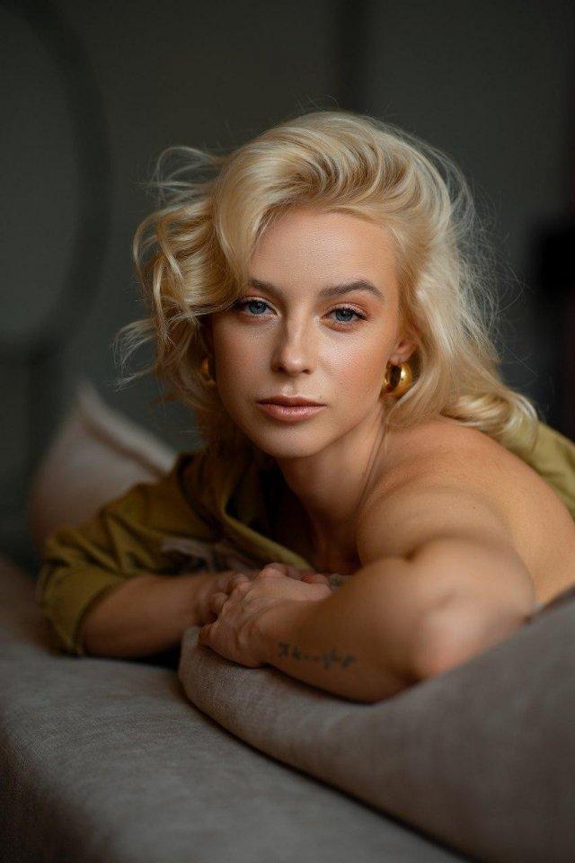 Откровенная фотосессия и неожиданное признание горячей журналистки Ульяны Тригубчак (10 фото)