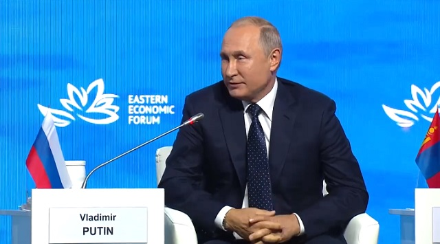 """Путин о митингах в Москве: """"Люди имеют право на протест"""""""