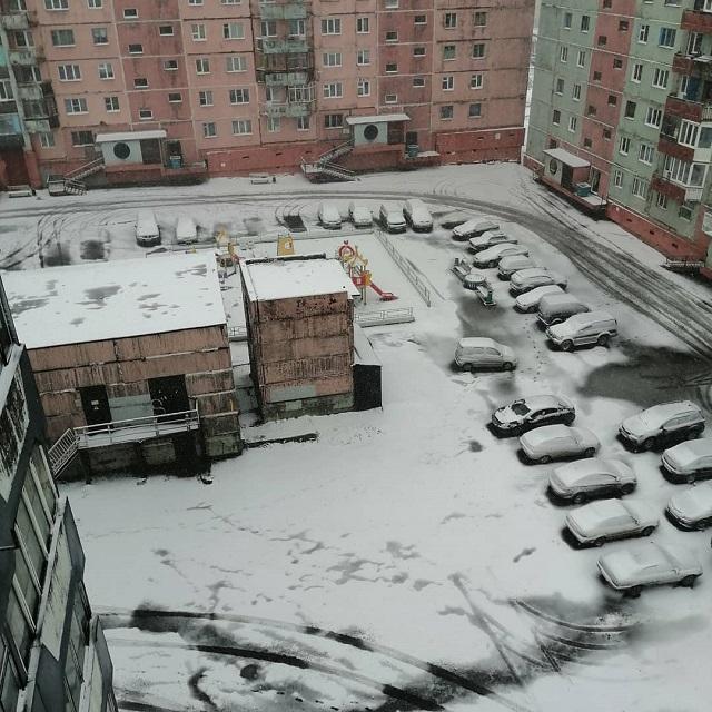 С первым снегом, Норильск! (11 фото + 2 видео)