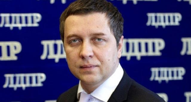 В Госдуму внесли закон о наказании чиновников, которые оскорбляют избирателей