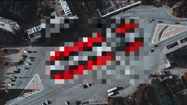 Покрас Лампас изменил эскиз скандального граффити в Екатеринбурге (3 фото)
