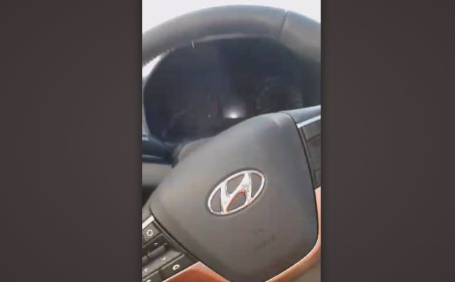 Новая машина убедилась в водителе и только потом дала себя завести
