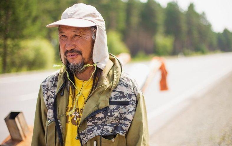 Шамана, который шел в Москву «изгонять Путина», отправили в психбольницу