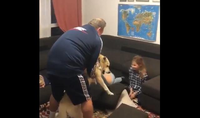 Тренер Леонид Слуцкий загипнотизировал братьев Березуцких при помощи собаки