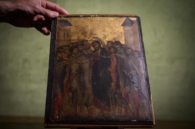 Француженка решила продать старую картину, висевшую на кухне, и в итоге потрясла мир искусства (3 фото)
