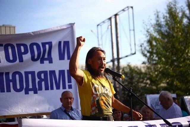 """""""Вежливые люди"""" развернули отряд якутского шамана Александра Габышева"""