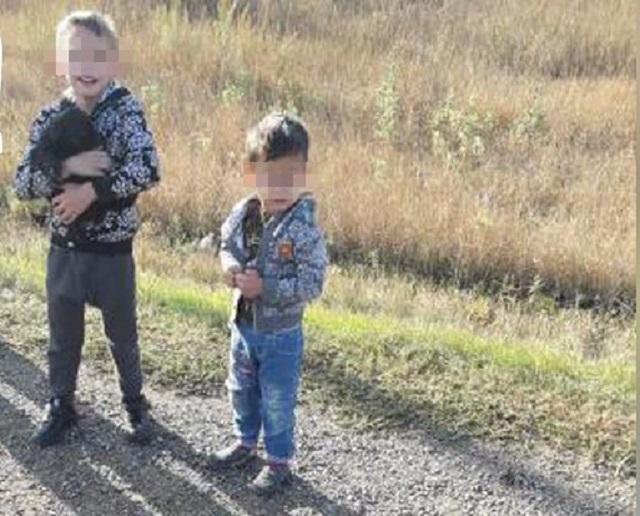 В Алтайском крае два маленьких цыгана украли BMW отца, чтобы съездить к брату (2 фото)