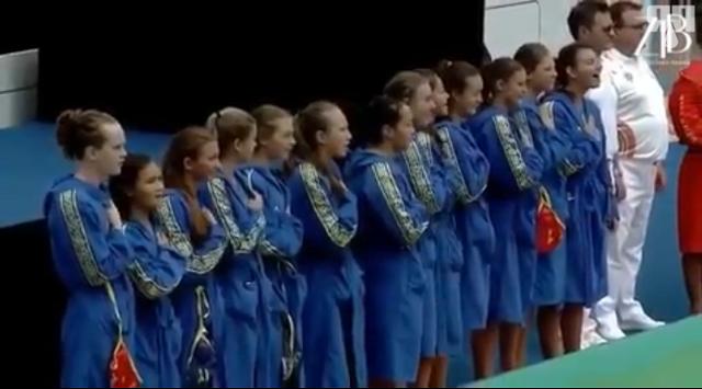 На соревнованиях в Индии спортсменки из Казахстана спели гимн без музыки и сорвали овации зрителей