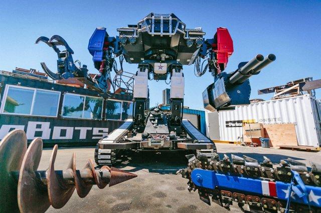 Компания MegaBots продаёт боевого робота — купить его может любой (4 фото)