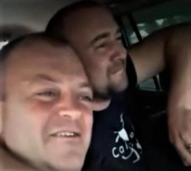 Депутат из Тулуна выпивает с друзьями за рулем