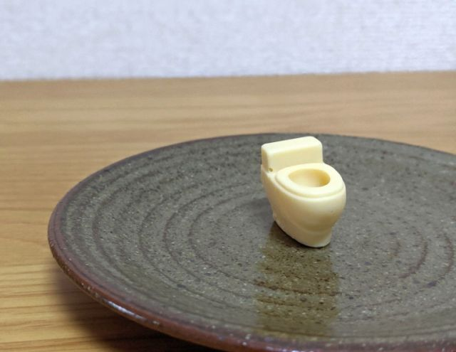 Странная японская сладость, не вызывающая аппетит (8 фото)