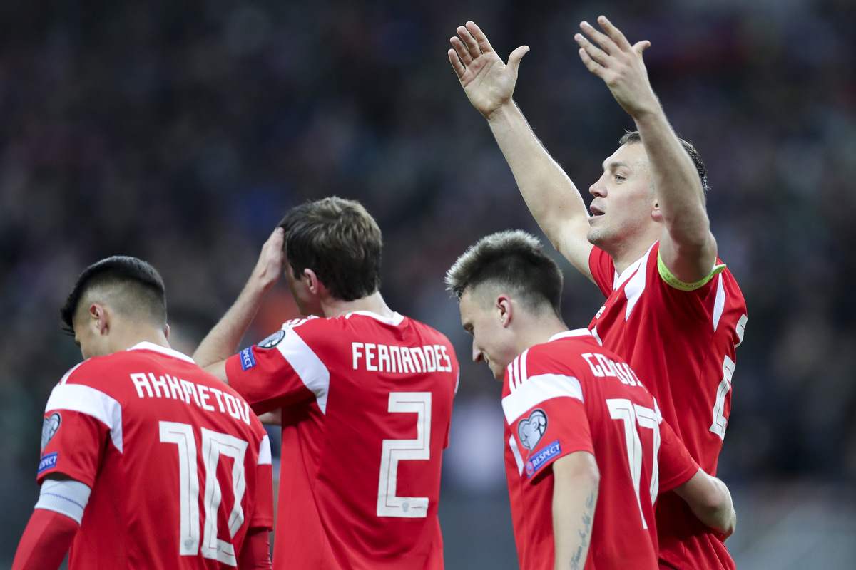Сборная России обыграла Шотландию и почти отобралась на Евро-2020 (8 фото + видео)