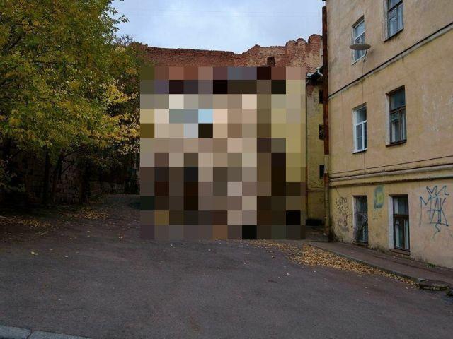 Как выглядит самый старый жилой дом в России (4 фото + видео)