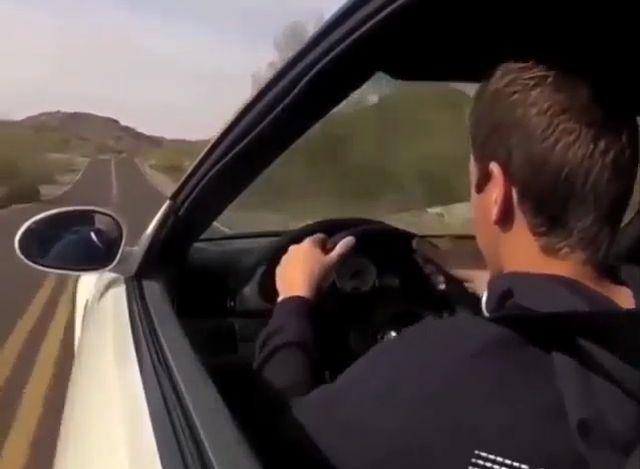 Юный гонщик летал на машине отца и долетался
