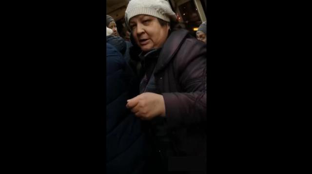 """Кондуктор трамвая в Екатеринбурге назвала ребенка-инвалида """"багажом"""""""