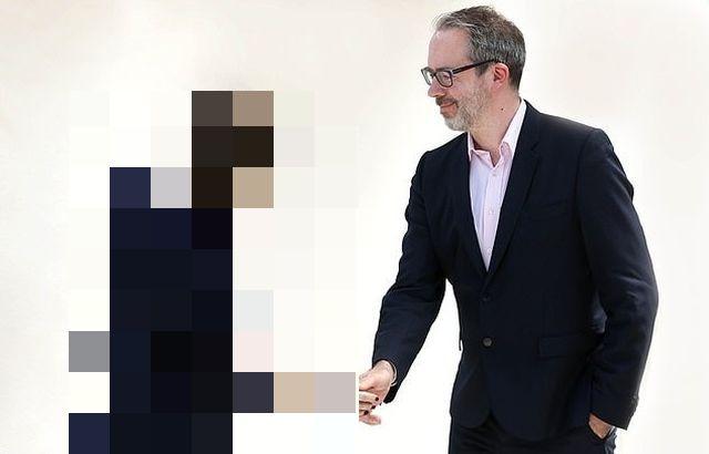 Группа ученых показала, как будет выглядеть офисный сотрудник через 20 лет (5 фото)