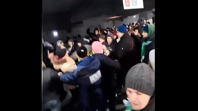 Самарские и казанские хулиганы подрались  из-за баннера