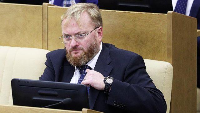 Виталий Милонов решил объединиться с коммунистами и избавиться от тела Ленина