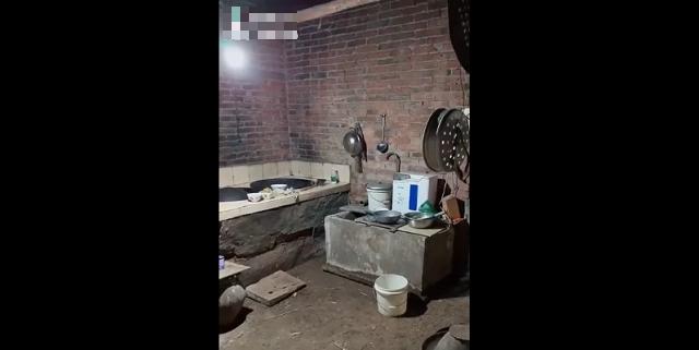 Не в деньгах счастье: жизнеутверждающее видео от девочки из бедной семьи