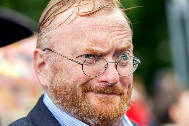Виталий Милонов хочет спасти квартиру Пушкина от куртизанок
