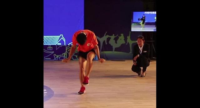 Подросток из Китая установил рекорд по прыжкам со скакалкой