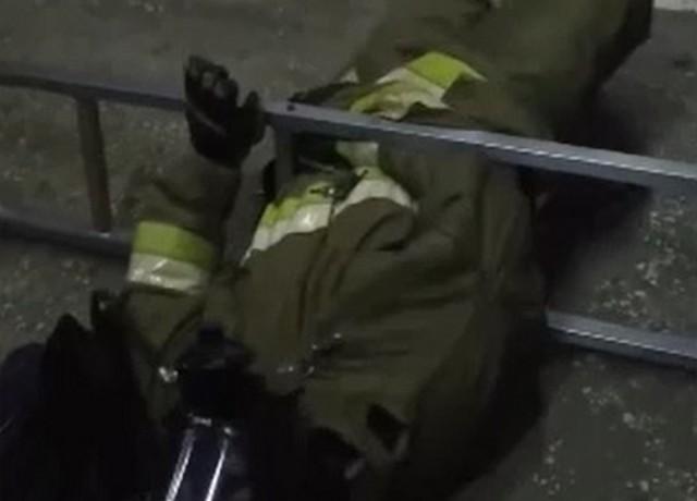 Русские пожарные устроили флешмоб