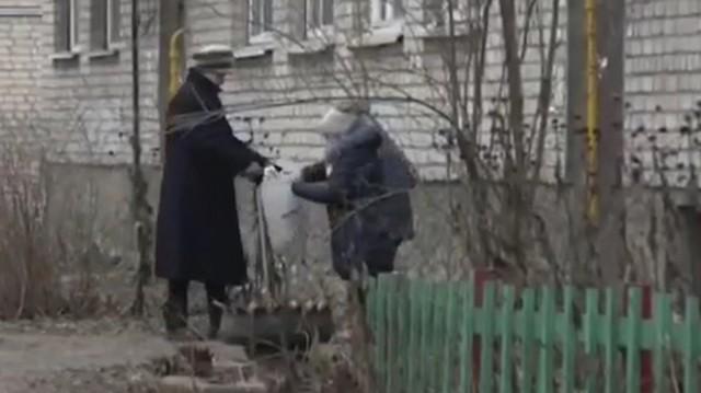 Бабушка собрала бутылок на 160 тысяч рублей… Куда она потратила эти деньги?