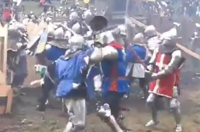 Когда попросил жену собрать снаряжение для битвы
