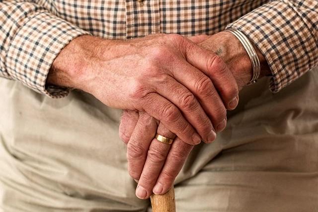 В Уфе пенсионеру-ветерану выдали часть пенсии печеньем (2 фото)