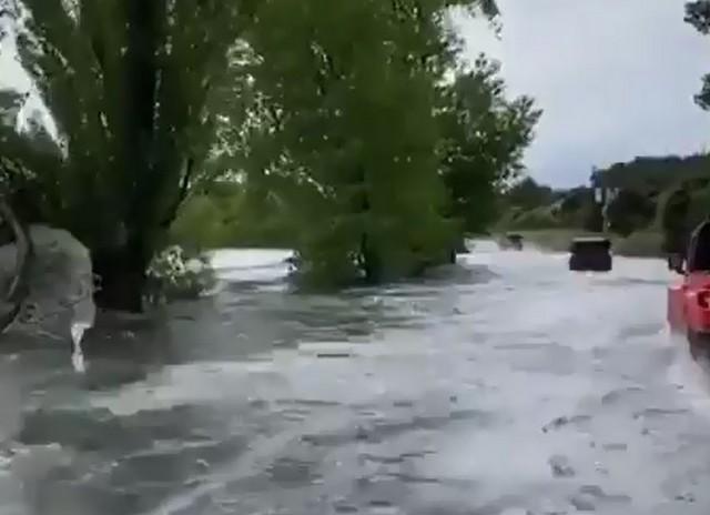 Кому потоп, кому счастье