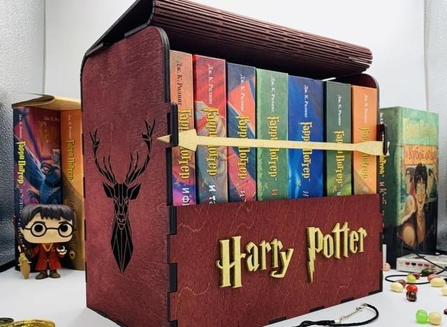 Что подарить фанату Гарри Поттера?
